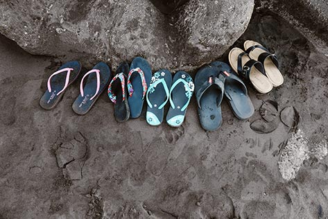 Are flip-flops bad for your children's feet?